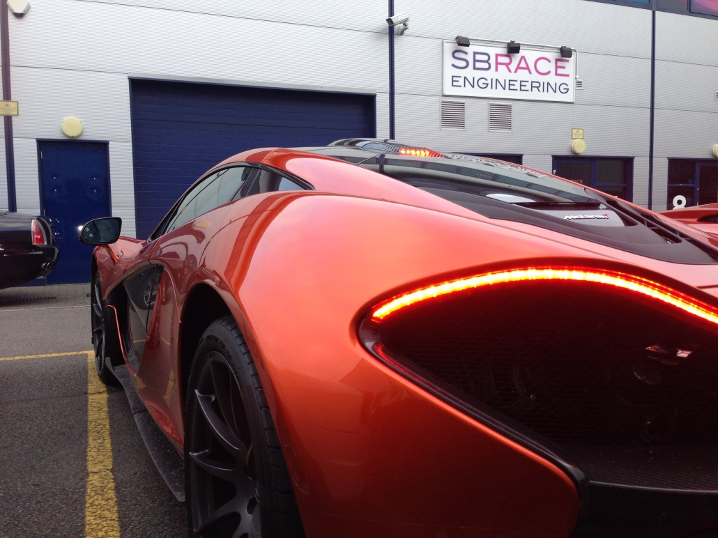 First Mclaren P1 customer car off of the production line visits SBR. Long term customer of SBR, Paul Bailey popped in to show us his new P1. Im sure you will agree its an amazing looking car!