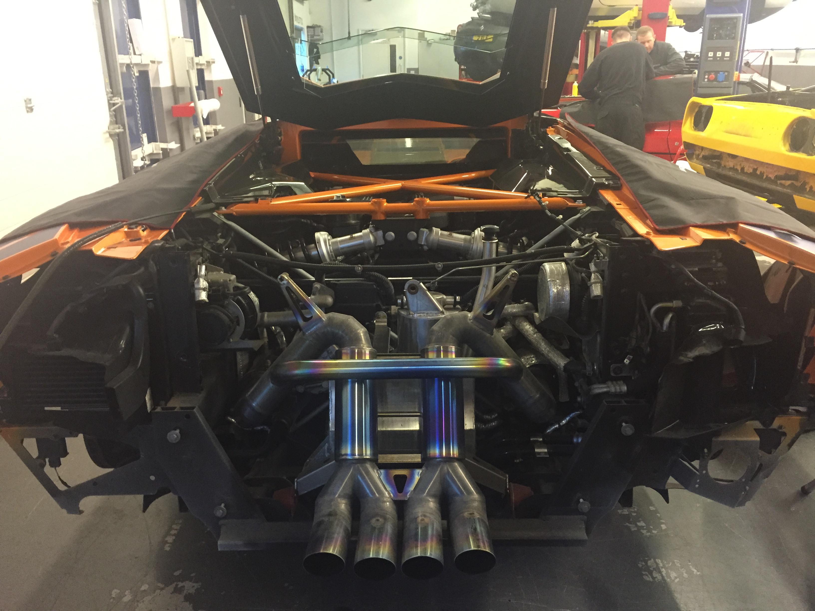 U0027The Buildu0027: Liberty Walk Lamborghini Aventador Conversion