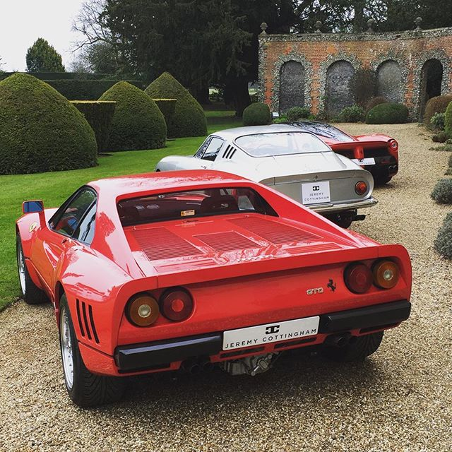 Photo shoot for our good friend #jerermy_cottingham_historics #288gto #laferrari #sbraceengineering #ferrari #275gtb4