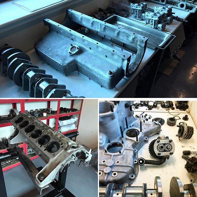 250PF engine now stripped.....all sorts of problems inside! #rebuild #ferrariengine #ferrari #sbraceengineering #specialist #250pininfarina #classiccars