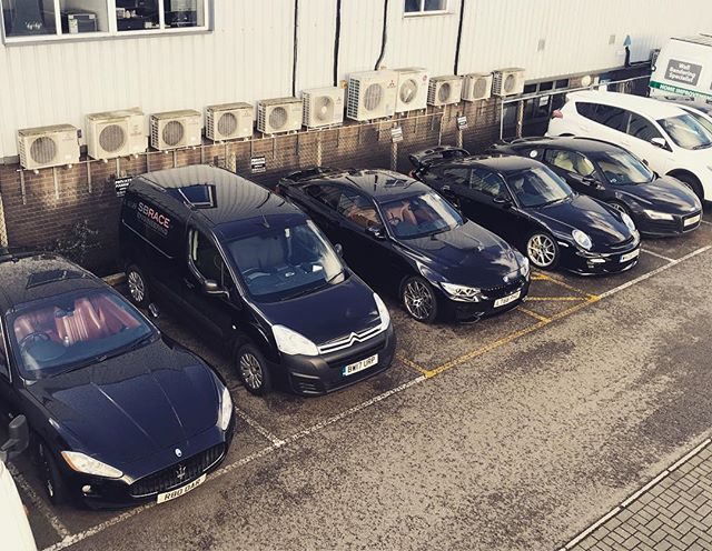 Just black vehicles outside today. #maserati #grandturismo #m4competitionpackage #porsche #porsche997gt2 #gt2 #audi #audir8 oh and one of the SB vans #berlingo