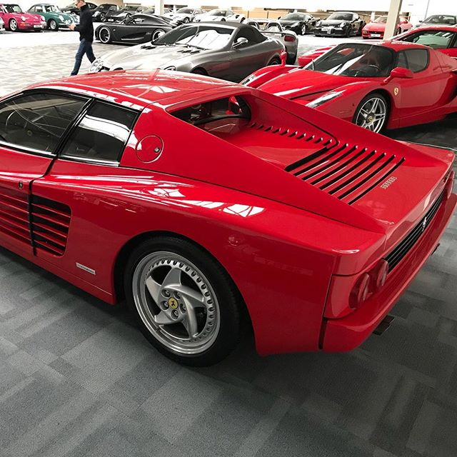 Another day another inspection! #ferrari #512m #flat12 #enzo #ferrarienzo #slr #carreragt #porschecarreragt #koenigsegg #sbraceengineering #sbr #supercars
