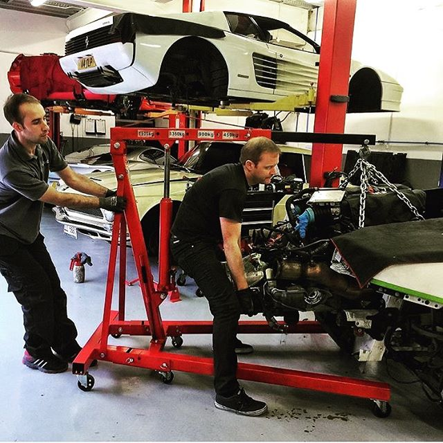 Engines always coming out at SBR! Flash back to one of the many cars we've looked after for @wallacepjw,I can't think of one we haven't put an exhaust on yet!!... #sbraceengineering #paulwallace #supercarsoflondon #thesupercarsquad #lamborghini #galardo #engineout #sportsexhaust #manifolds #armytrix #testarossa #ferrari #specialist #sbr